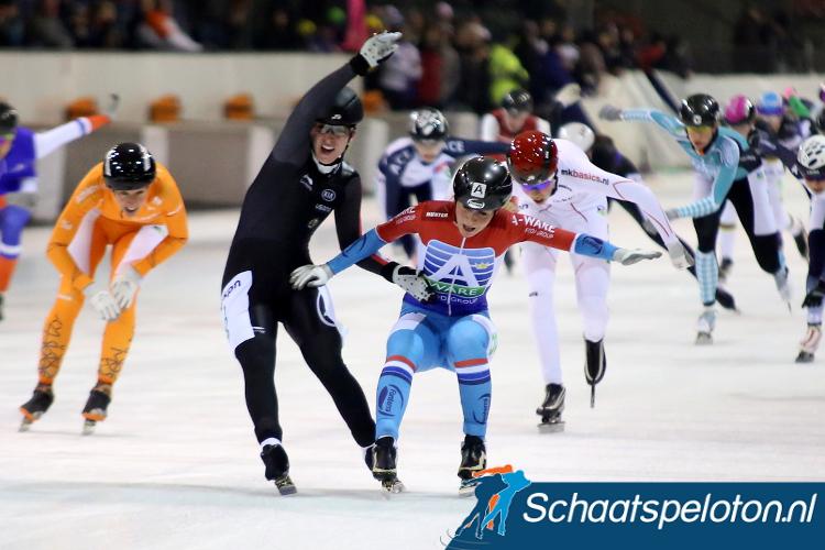 Ivanie Blondin en Irene Schouten wonen de twee voorgaande World Cups Mass-start. Komende winter staat de Mass-start bij vijf wereldbekerweekenden op het programma.