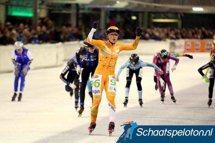 Francesca Lollobrigida sprintte alweer voor de derde keer dit seizoen naar de overwinning. In Tilburg stond er geen maat op de Italiaanse.