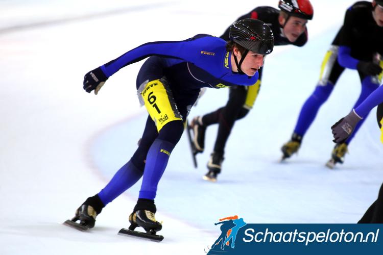 Gijs Boer won in de C Divisie door zijn medevluchters in de sprint te kloppen.