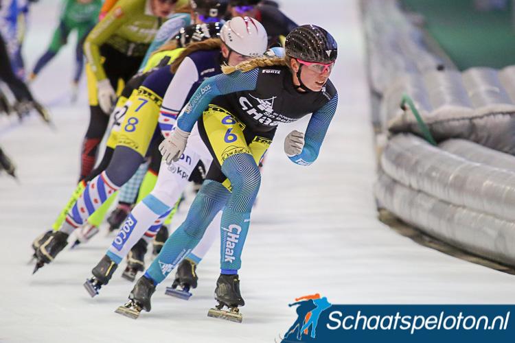 Janinka van Weperen krijgt volgend seizoen op het tweede niveau gezelschap van Marjanne Timmer, Sanne Sesselaar en Evi Gelling.