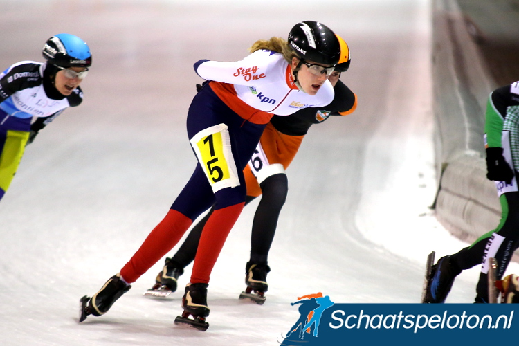Stephanie Herpers eiste zaterdag in Tilburg haar eerste zege op.